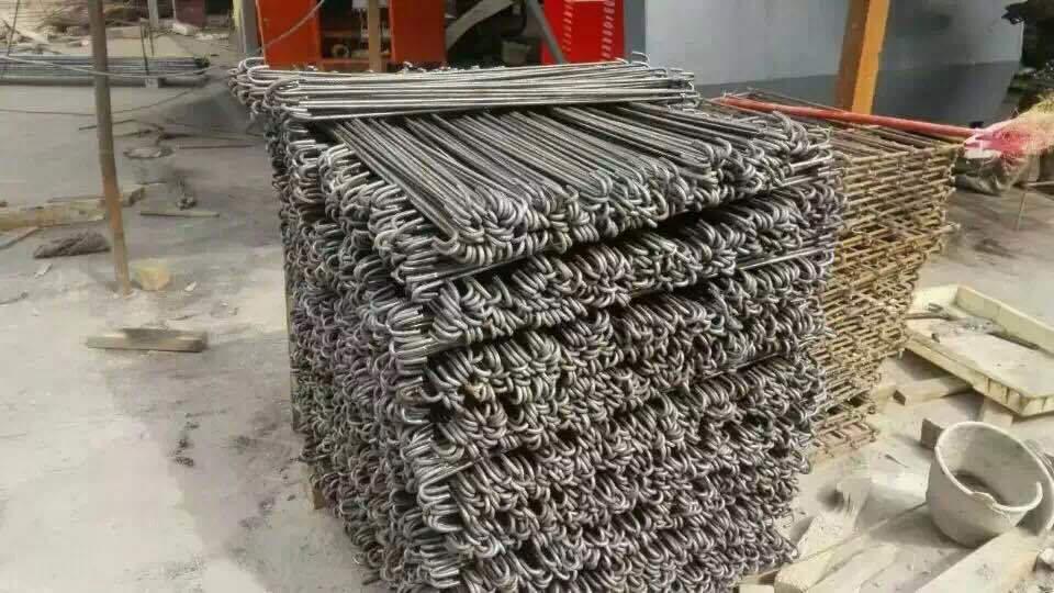 CNC tel bükme mashinasi
